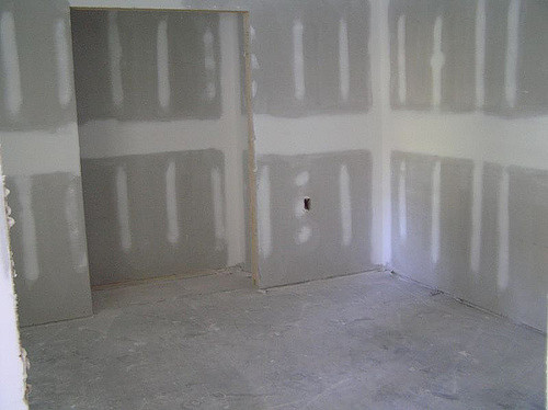 rough walls, ready to plaster finish