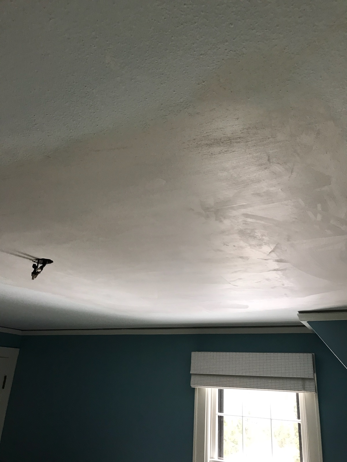 finished ceiling, all patched up
